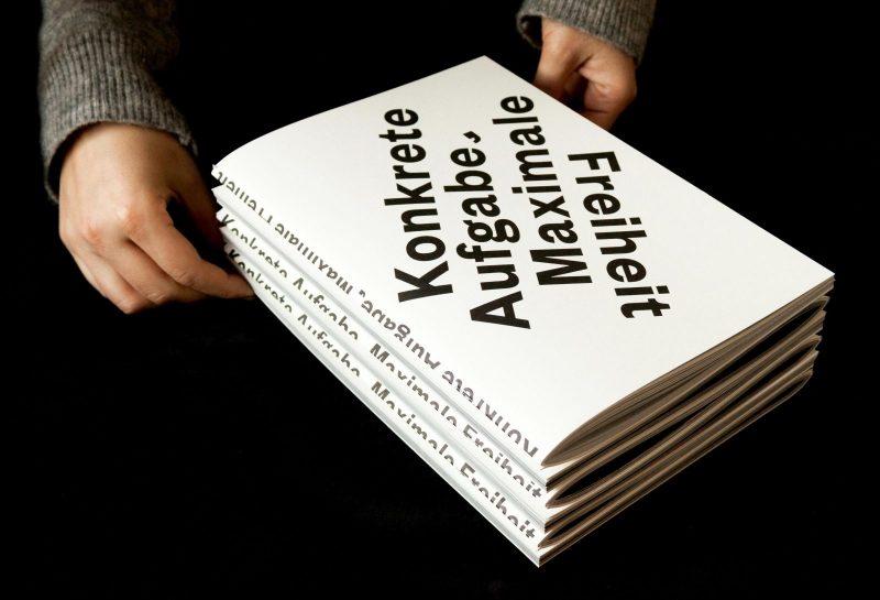 - Konzept & Gestaltung einer Publikation